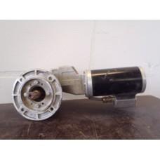 14 RPM bij 60 Hz  /  22 RPM bij 100 Hz Lenze motor. NEW.