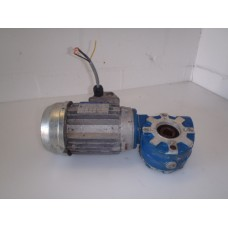 370 RPM 0,25 KW holle as 18 mm .  USED.