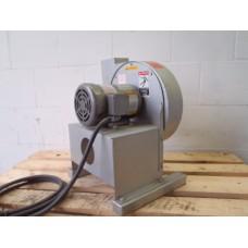 Radiaalventilator, 400 volt 0,75 KW. Krullenafzuiger.