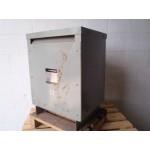 Voeding transformator Pri 3 fase 380 V, Sec  3 fase 230 V 15 KW