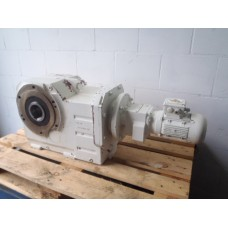 0,77 RPM  4162 MN 0,37 KW Flender. USED.
