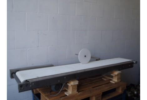 Transportband 30 cm breed 195 cm lang RVS, in staat van nieuw.