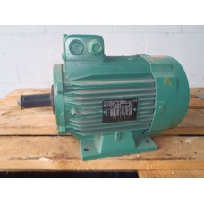 . 0,65 KW - 690 RPM /1,5 KW - 945 RPM 380 volt . Unused