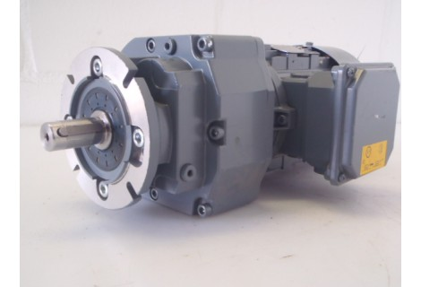 30 RPM 0,25 KW Lenze. New.