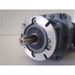 45 RPM 0,25 KW Lenze. Used for 1 test.