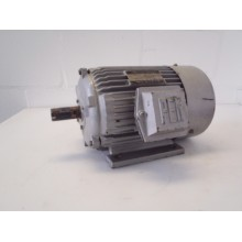 .3 KW 1410 RPM PEM, oude voorraad.