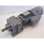 107 RPM 0,75 KW Geremd / Encoder SEW-Eurodrive, unused.
