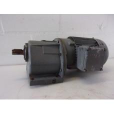 205 RPM  0,75 KW BAUER, oude voorraad.