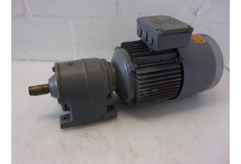 152 RPM / 304 RPM 0,44 KW / 0,88 KW SEW Eurodrive, Brake. Unused.