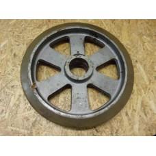 Zwaar gietijzer wiel,diameter 360 mm. Ongebruikt.