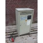 Gelijkrichter 24 volt 135 Ampere.