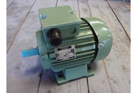 .0,25 KW 690 RPM VEM. Unused.
