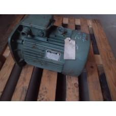 .4 KW  710 RPM flens  VEM