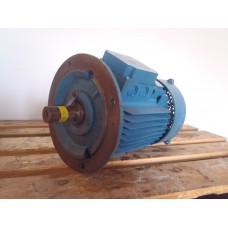 .7,5 KW  2890 RPM  flens, Baumuller