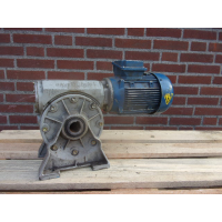 12 RPM  0,37 KW As 35 mm. Used.