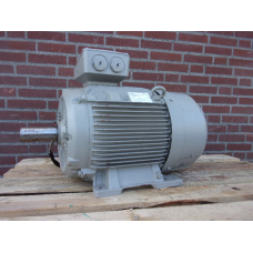 15 KW 980 RPM Siemens IE3 B3 As 48 mm. NEW.