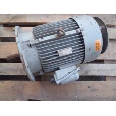 .7,5 KW  2900 RPM   flens LOHER  Used.
