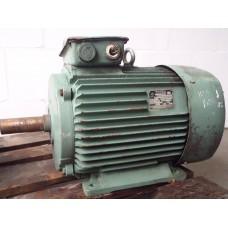 15 KW  1000 RPM  VEM. gebruikt.