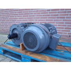 .9 KW / 37 KW  1475 RPM / 2920 RPM  flens. NIEUW.
