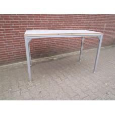 Rimas. Werktafel, werkbank. 80 cm x 160 cm x 97 cm