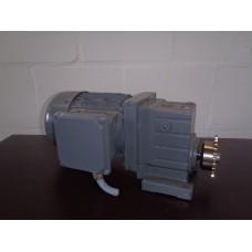 160 RPM 0.75 KW  As 20 mm Lenze, gebruikt