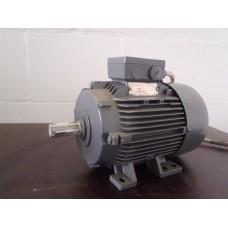 .1,1 KW  900 RPM  Siemens.  Nieuw, oude voorraad.