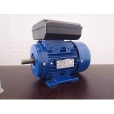 . Ons assortiment 1 fase lichtnet motoren 230 volt 3000 RPM. Lichtnet electromotoren NIEUW