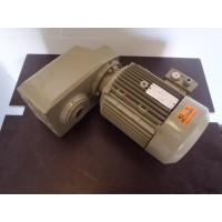 92 RPM 4 KW Holle as 40 mm SEW Gebruikt