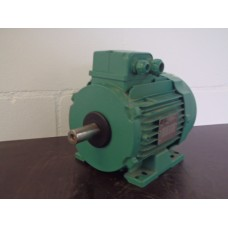 . 0,5 KW - 915 RPM  /1,4 KW -  1420 RPM  380 volt . Used